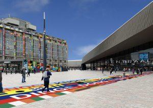 Rotterdam wordt kleurrijke stad tijdens Songfestival